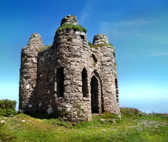 rogers folly castle en dinas cornwall ancient